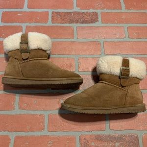 Bearpaw Buckle Folded Camel Color Winter Boots